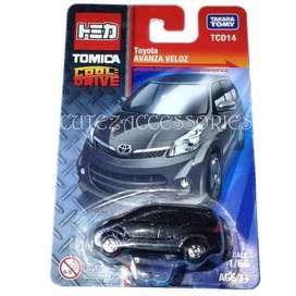 Diecast Tomica Toyota Avanza Veloz