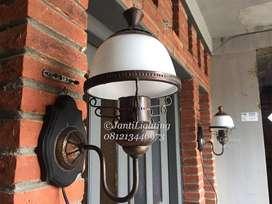 lampu dinding antik