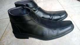 Sepatu boot kerja kulit asli (genuine leather)