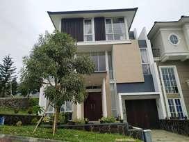 Rumah Mewah Hook Plus Perabot di CitraGarden City Malang