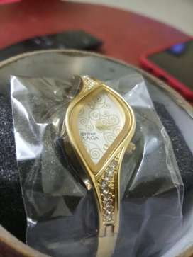 TITAN RAGA LADIES WATCH GOLD MODEL SALE