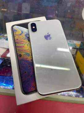 iPhone xs(256gb) available with accessories Full Cash On Delivery  ( *