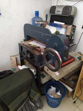 mesin potong Kertas kapasitas 1 rim