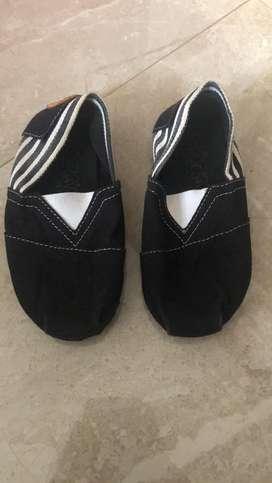 Sendal dan sepatu baby
