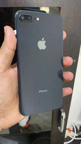 Selling used and n.ew phon Urgently Iphon 7 plus 128 bill bo.x avail