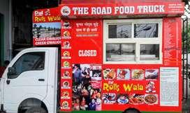 This Food truck is complite ecupment of kichen