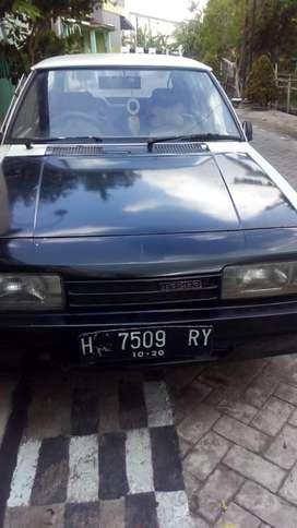 Mobil Mazda th1992