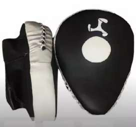 BOXING, KICKBOXING, SPARRING PADS