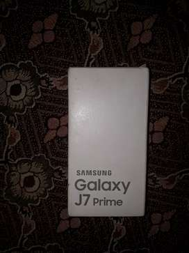 J7 prime dual sim condition 10/ 9 with box and all accessories