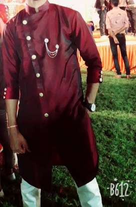 Silk kurta a wedding look man wear