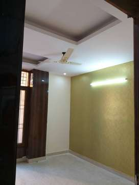 2bhk flat with lift and parking
