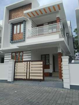 3 bhk 1300 sqft new build house at kakkanad near kuzhivelipady