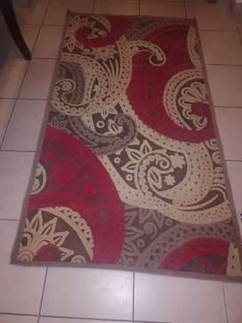 Beautiful rug for sale