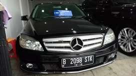 Mercedes Benz C200 AVG hitam