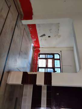COMPLETE  FLOOR NEAR BELA CHONK FOR INSTITUTION .BOUTIQUE AND PARLOR