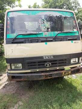Tata lpt 407 half body 2015 model