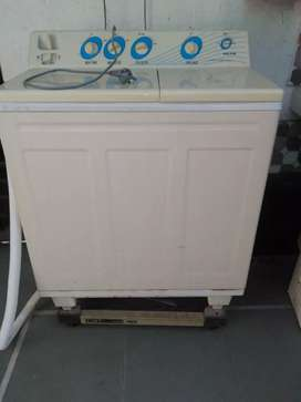 Voltas washing machine in working condition