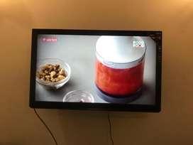 Panasonic LCD 43 inches FULL HD