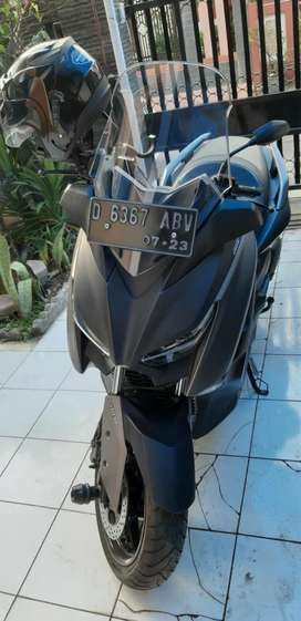 Yamaha Xmax Shadow Gray 2018