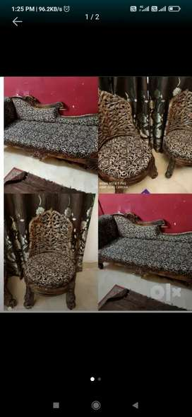 Sethi Sofa with two chairs in Good Condition