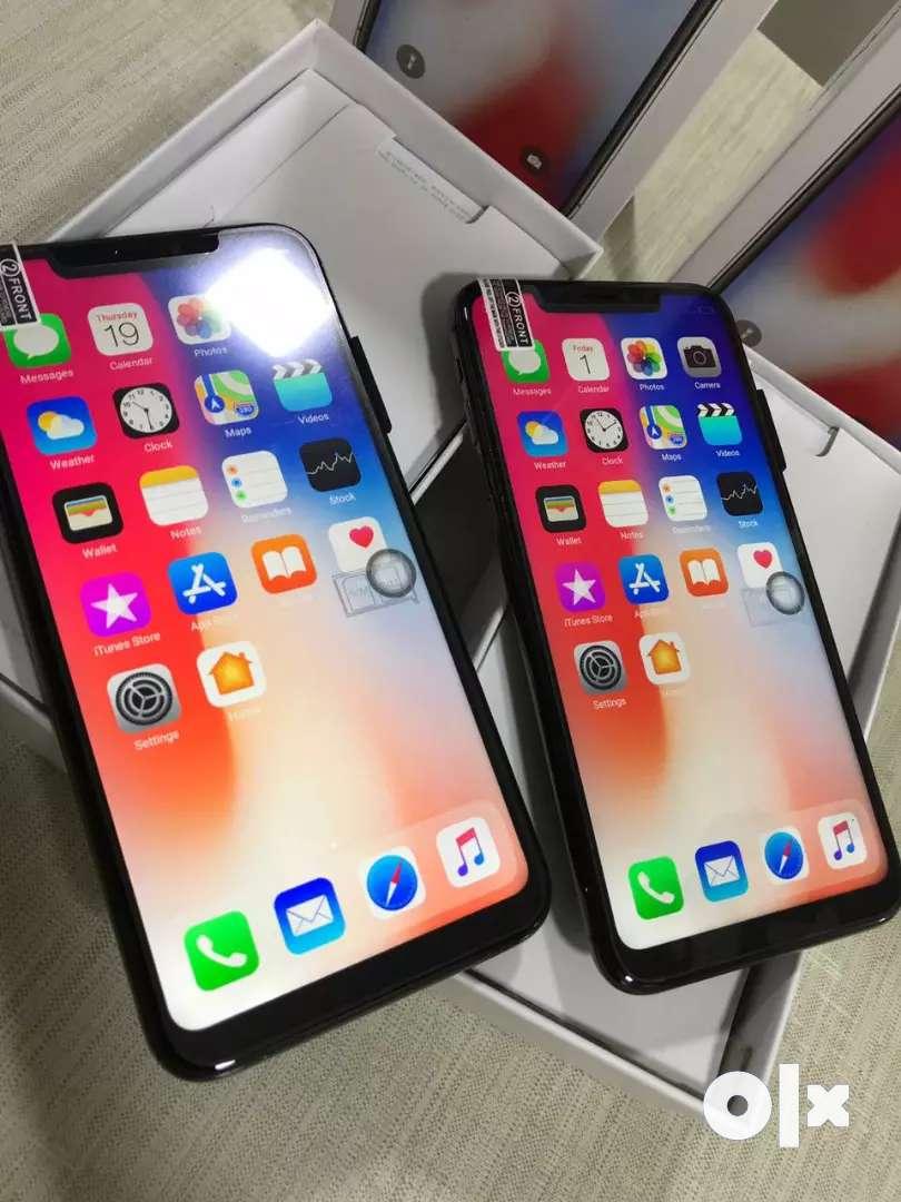 I phone and Samsung 0