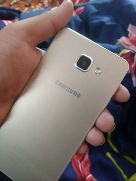 Samsung A7 2016 in excellent condition.