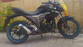 Well maintained suzuki gixxer black 155