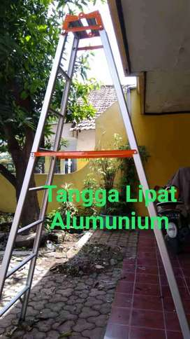 Tangga aluminium 2 m kualitas bagus, tangga lipat