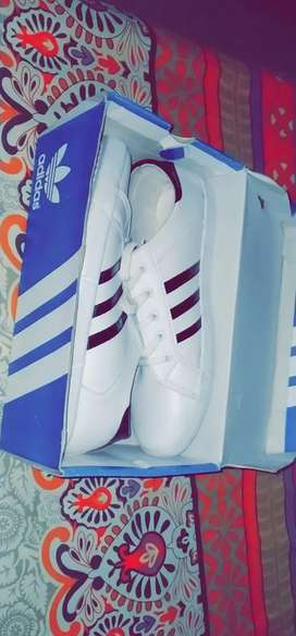 Adidas sneakers white and black