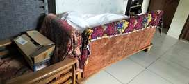 Three seater sofa set and utensils stand in good condition