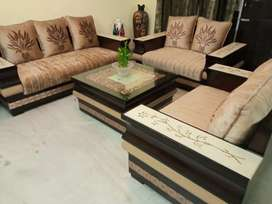 7-seater marble design wooden sofa with center table @56% discount