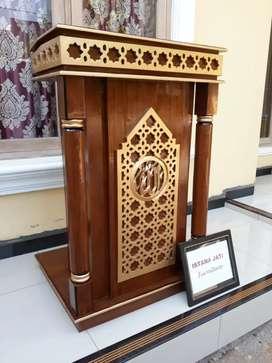 Mimbar masjid al azim