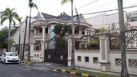 Dijual rumah mewah dan lux di tengah kota