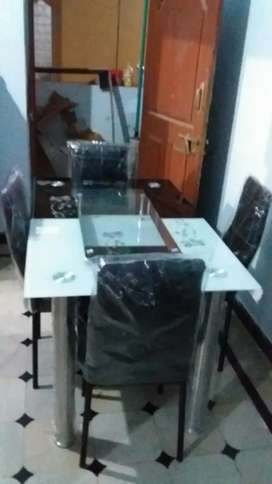 Imported New glass Dining tables for sale