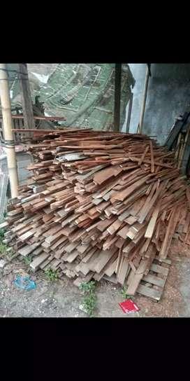 kayu mahoni rijekan
