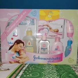 Gift box baby murah dan feeding set lusty bunny