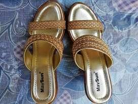 Fashionable Sandals (Block Heels)