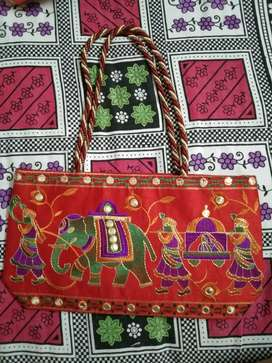 Traditional hand bag