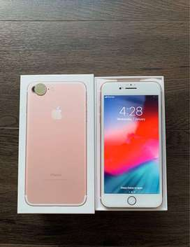 BUY IPHONE 7 PLUS / 128GB WITH BILL AND BOX