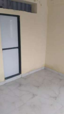 Girls PG available in Versova for Rs.3000/- per month