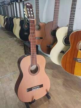 Gitar akustik nilon bundar