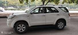 Toyota Fortuner 2010 Diesel 125000 Km Driven