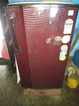 Godrej fridge 190L