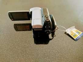 Sony Handycam DCR - SR45
