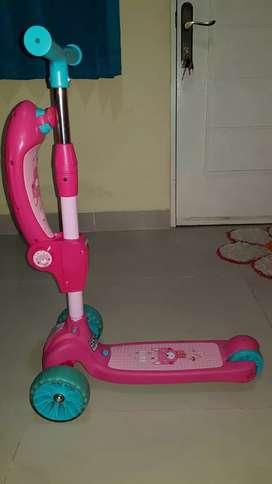 Scooter Duduk Pink Merk (EXOTIC)