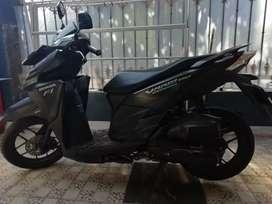 Dijual Honda Vario 150 cc th 2015 14 jt nego