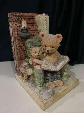 Penyangga Buku Beruang