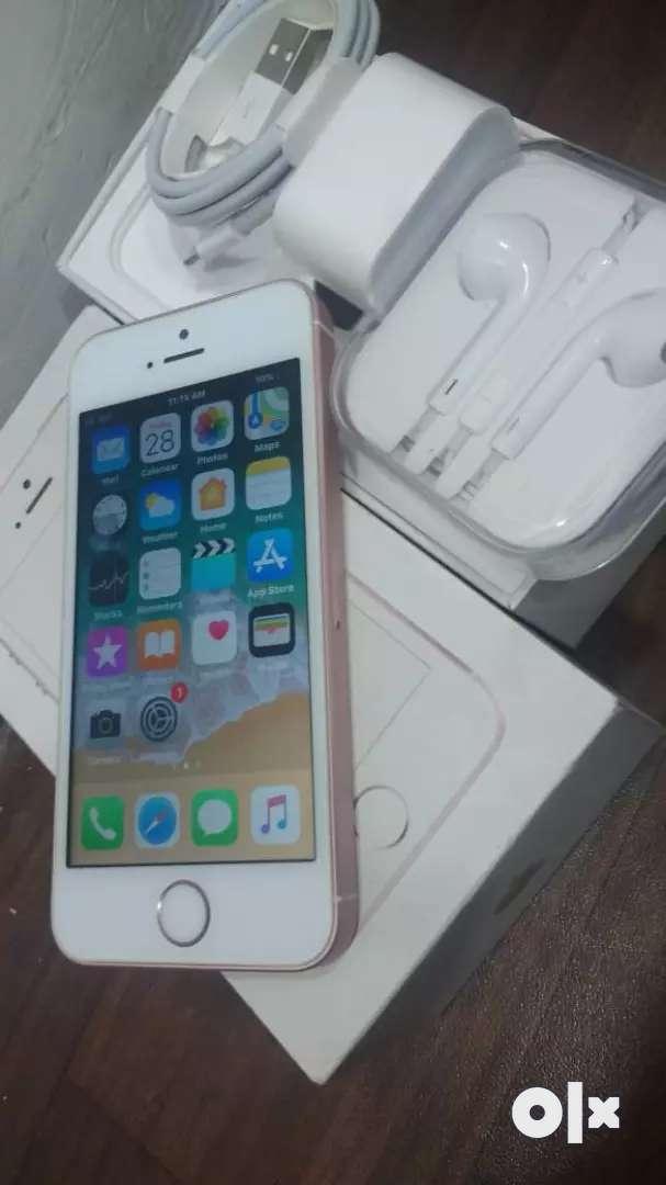 iPhone se 32gb 0