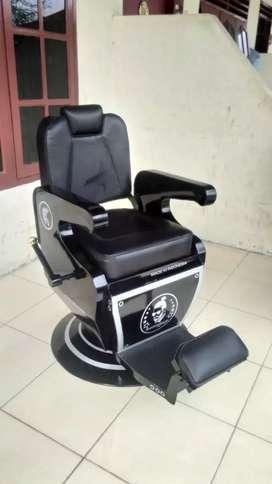 Kursi pangkas rambut