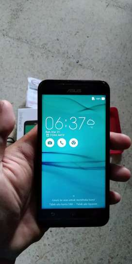 ASUS ZENFONE GO 5inch 4G LTE Mulus No minus, Komplit